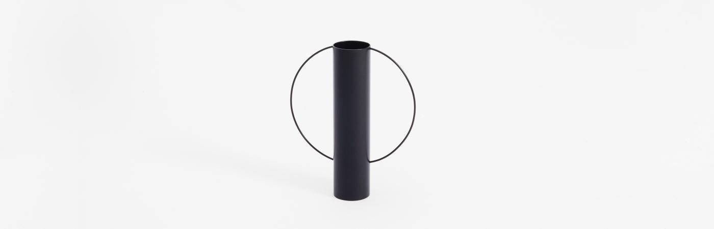 Hero / Gap Vase
