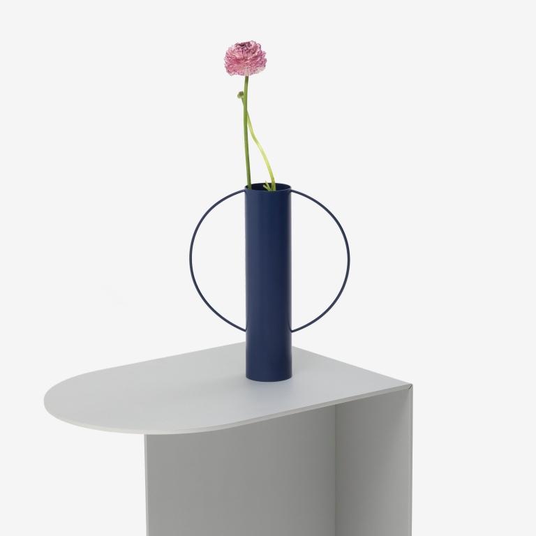 Main 4 / Gap Vase