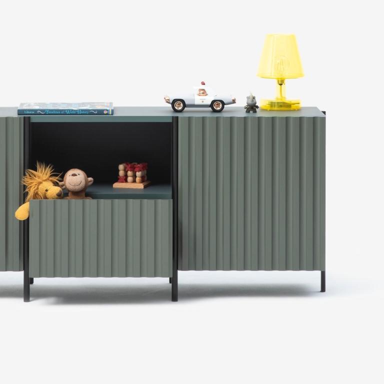 Main 2 / Ionic Sideboard Medium