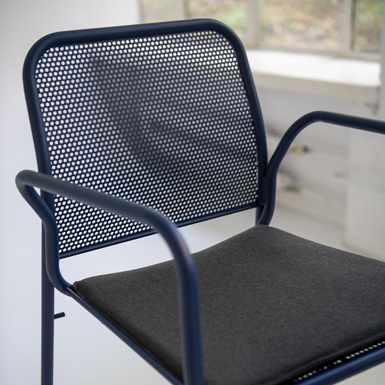 Main 1 / Nasz Bar Chair