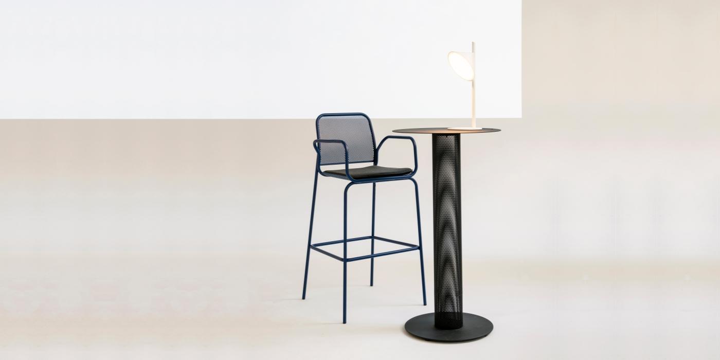 Spacer 1 / Nasz Bar Chair