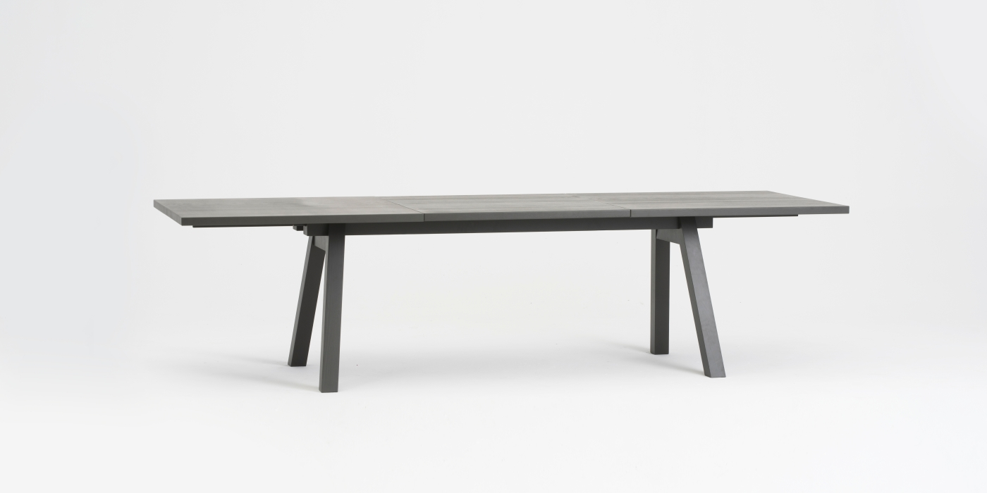 Spacer 1 / Piano Table