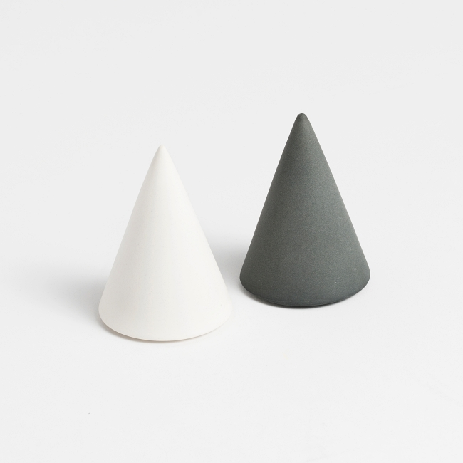 Home / Salt & Pepper Cone