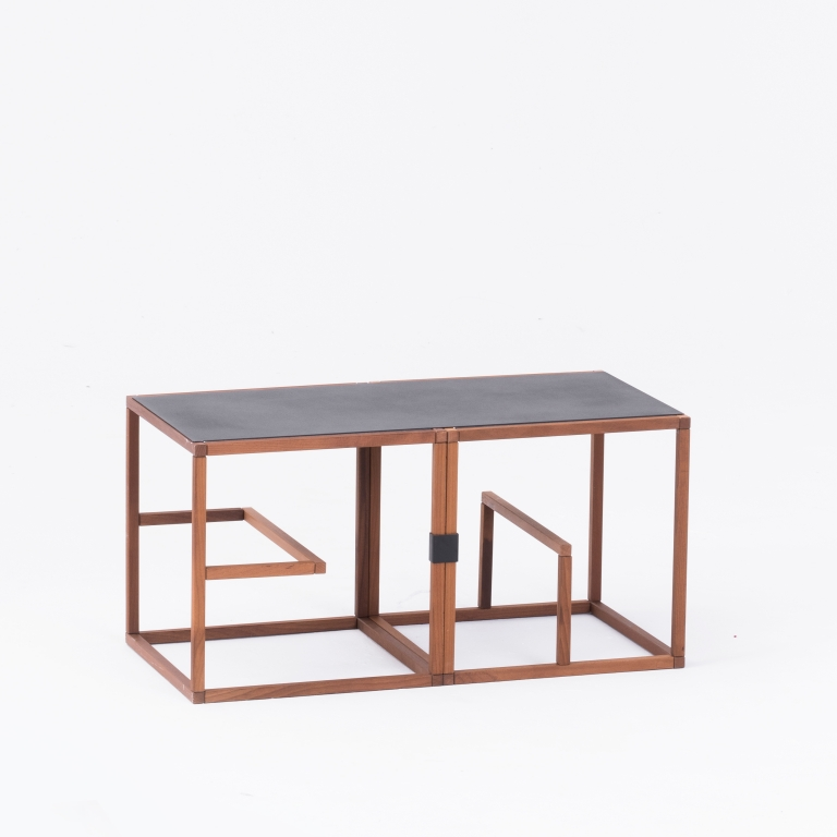 Main 3 / Text Block Wood